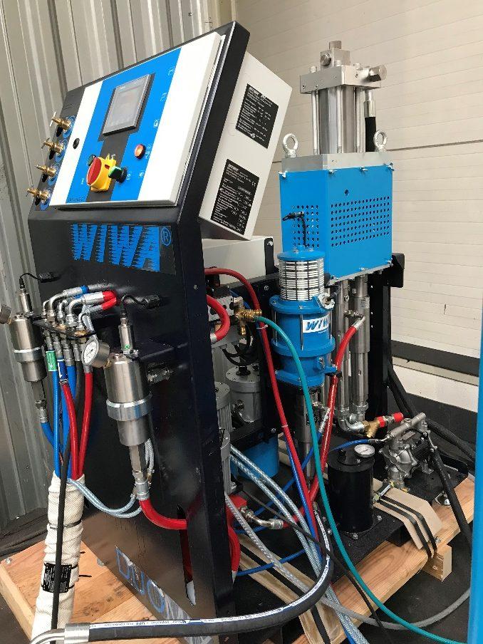 ALLGARD instaloval vysoce výkonné aplikační zařízení WIWA DUOMIX 333 HYDRAULIC pro aplikaci Protegolu